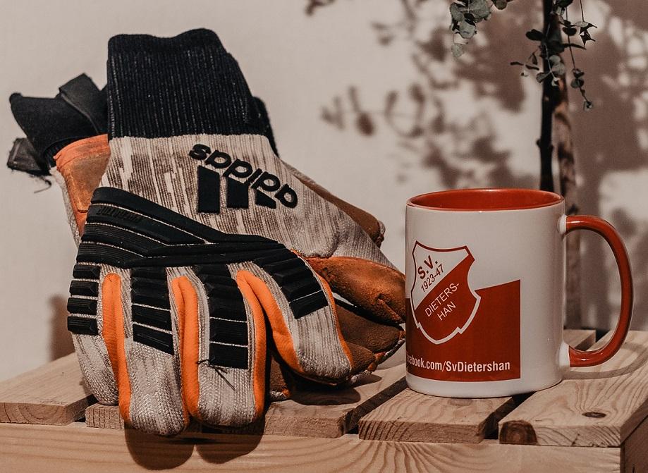 Geschenkidee als Weihnachtspräsent. Neu Kaffeetassen des SV Dietershan